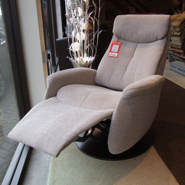 Raana Small Manual Swivel Recliner Clearance