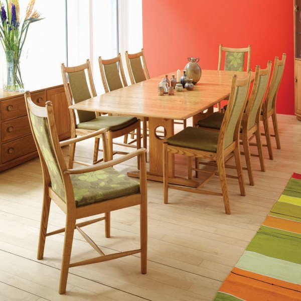Windsor Extending Dining Table At Smiths The Rink Harrogate