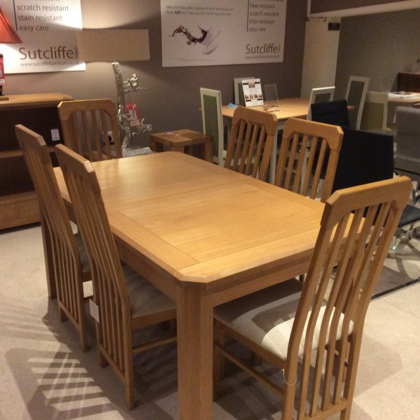 Dining Tables Clearance: G Plan Darwin Estending Dining Table Clearance