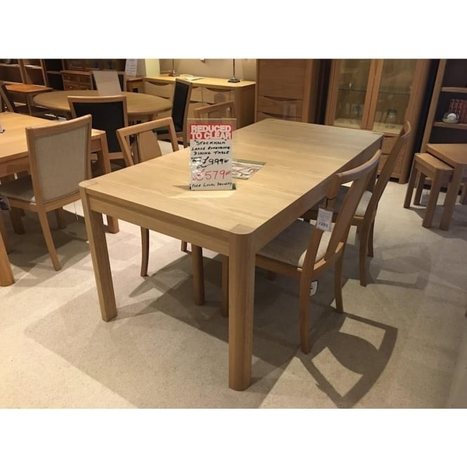 Clearance Dining Table: Winsor Stockholm Large Oak Extending Dining Table